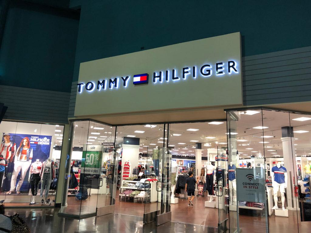 グアムショッピング GPO トミーヒルフィガー